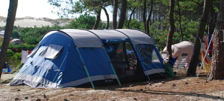 Tente camping naturiste