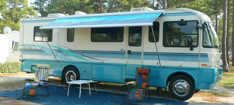 Vacances naturistes en camping-car